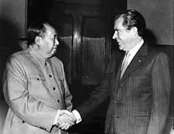 Nixon_Mao_china_1972.jpg